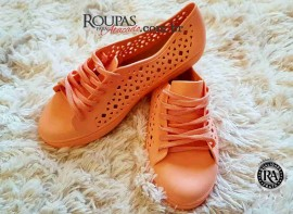 Sapato Feminino Adulto em Borracha